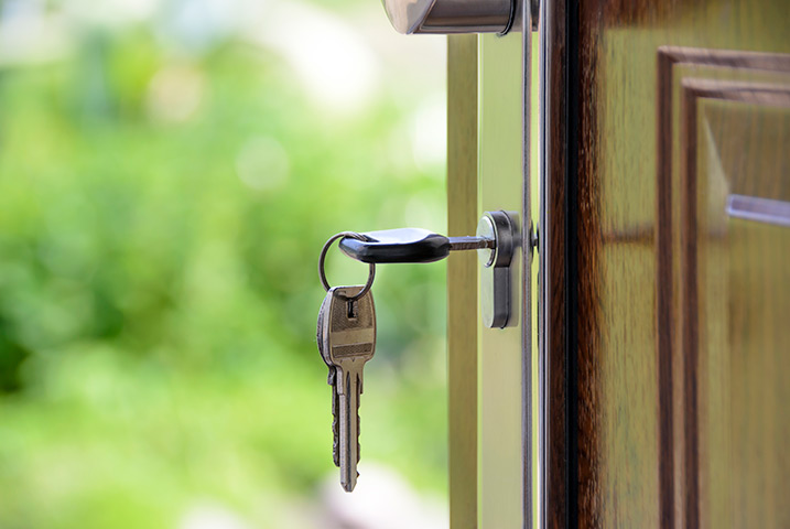 A2B Locks are able to provide local locksmiths in Oval to repair your broken locks.